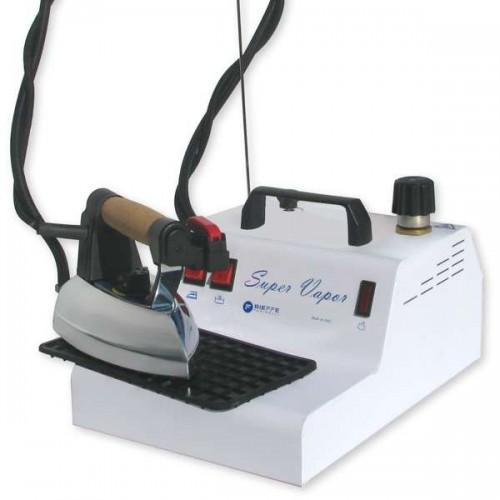 Generator de abur Super Vapor dotat cu boiler de 2 l si fier de calcat profesional Bieffe